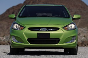 2012 Hyundai Accent Five-Door front view