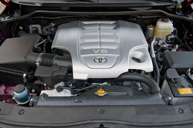 2012 Toyota Land Cruiser engine