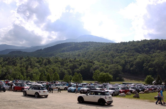 minis on top 2011 mt washington staging lot
