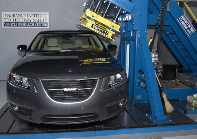 2011 saab 9-5 roof strength test
