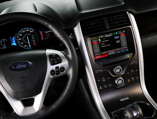 Ford Dash witn Sync and MyFord Touch