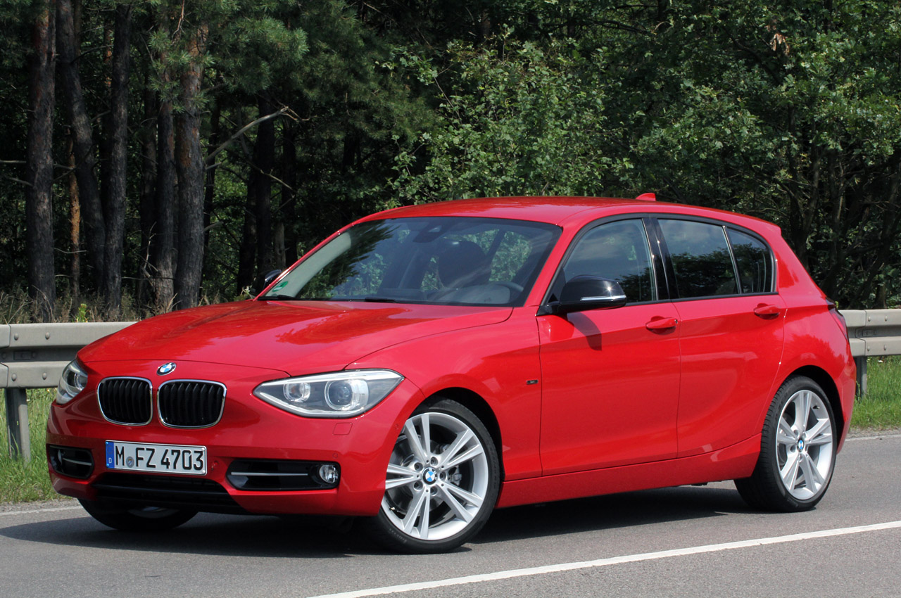 2012 bmw 1 series five door autoblog. Black Bedroom Furniture Sets. Home Design Ideas