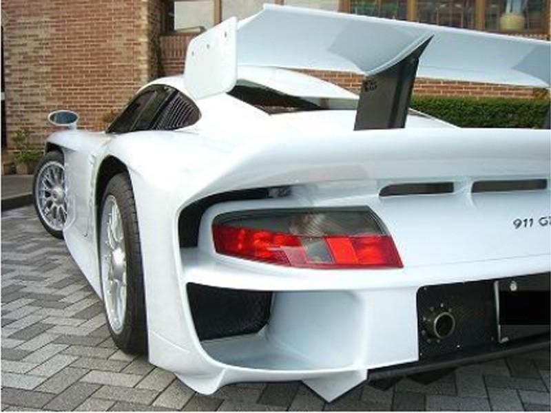 buy porsche 911 gt1 you can buy the only street legal 1997 porsche 911 gt1 evo motor trend 911. Black Bedroom Furniture Sets. Home Design Ideas