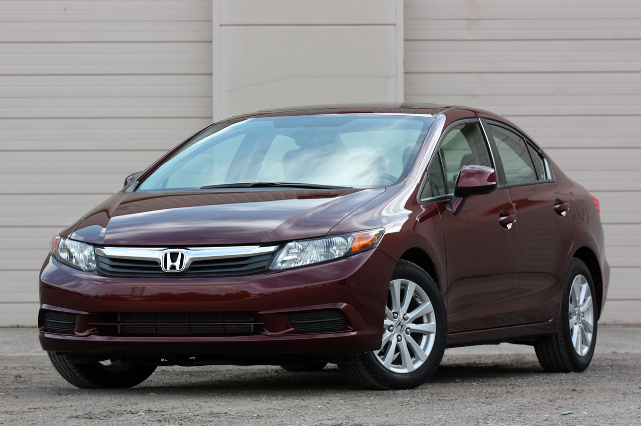 2012 honda civic ex sedan review photo gallery autoblog. Black Bedroom Furniture Sets. Home Design Ideas