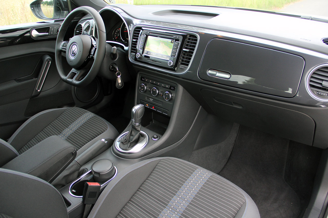 2011 Volkswagen Beetle Interior - Viewing Gallery