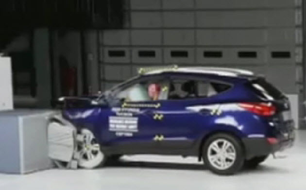 nissan rouge crash test