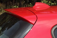 2012 BMW 1 Series Five-Door roof spoiler