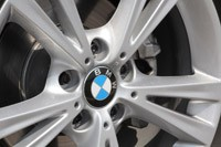 2012 BMW 1 Series Five-Door wheel detail