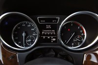 2012 Mercedes-Benz ML350 BlueTec 4Matic gauges