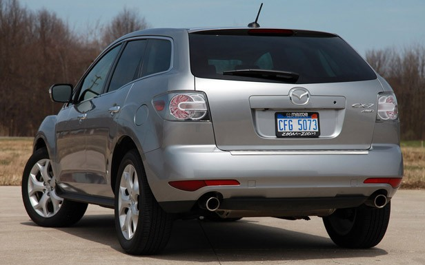 2011 Mazda CX-7 rear 3/4 view