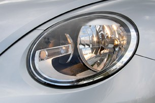 2012 Volkswagen Beetle Turbo headlight
