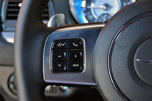 2012 Chrysler 300 SRT8 steering wheel controls