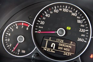 2012 Volkswagen Beetle Turbo speedometer