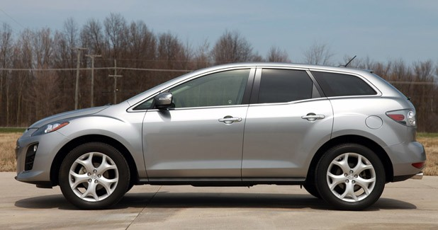 2011 Mazda CX-7 side view