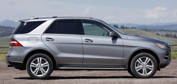 2012 Mercedes-Benz ML350 BlueTec 4Matic side view