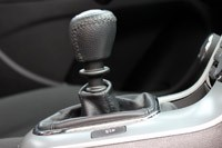 2011 Chevrolet Cruze Eco shifter