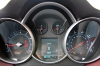 2011 Chevrolet Cruze Eco gauges
