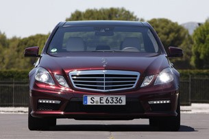 2012 Mercedes-Benz E63 AMG front view