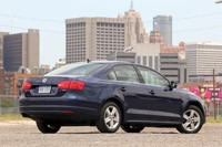 2011 Volkswagen Jetta TDI rear 3/4 view