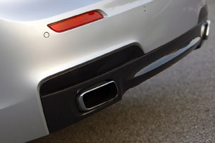 2011 BMW 740Li exhaust tips