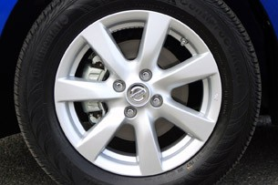 2012 Nissan Versa wheel