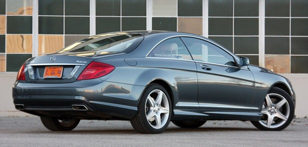 2011 Mercedes-Benz CL550 4Matic rear 3/4 view
