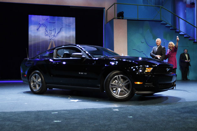 Mary Kay black Ford Mustang