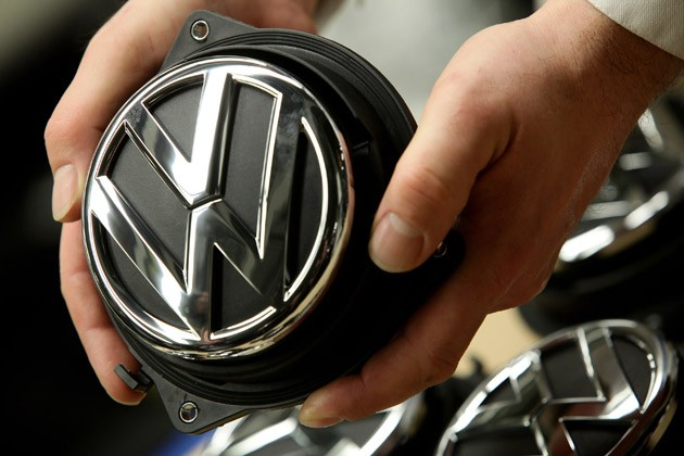 Strategic Vision Disses J D Power Crowns Vw And Ford