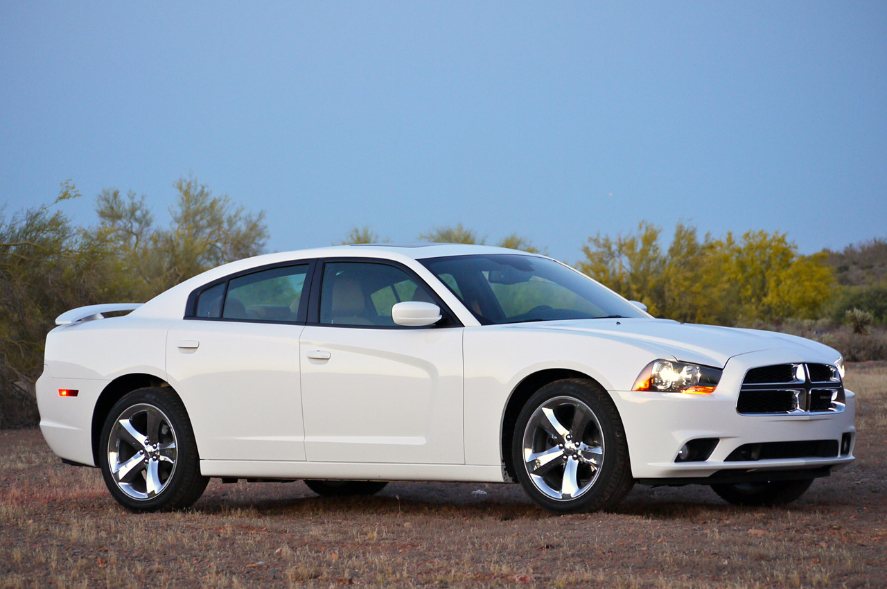 2011 dodge charger rallye v6 review photo gallery autoblog. Black Bedroom Furniture Sets. Home Design Ideas