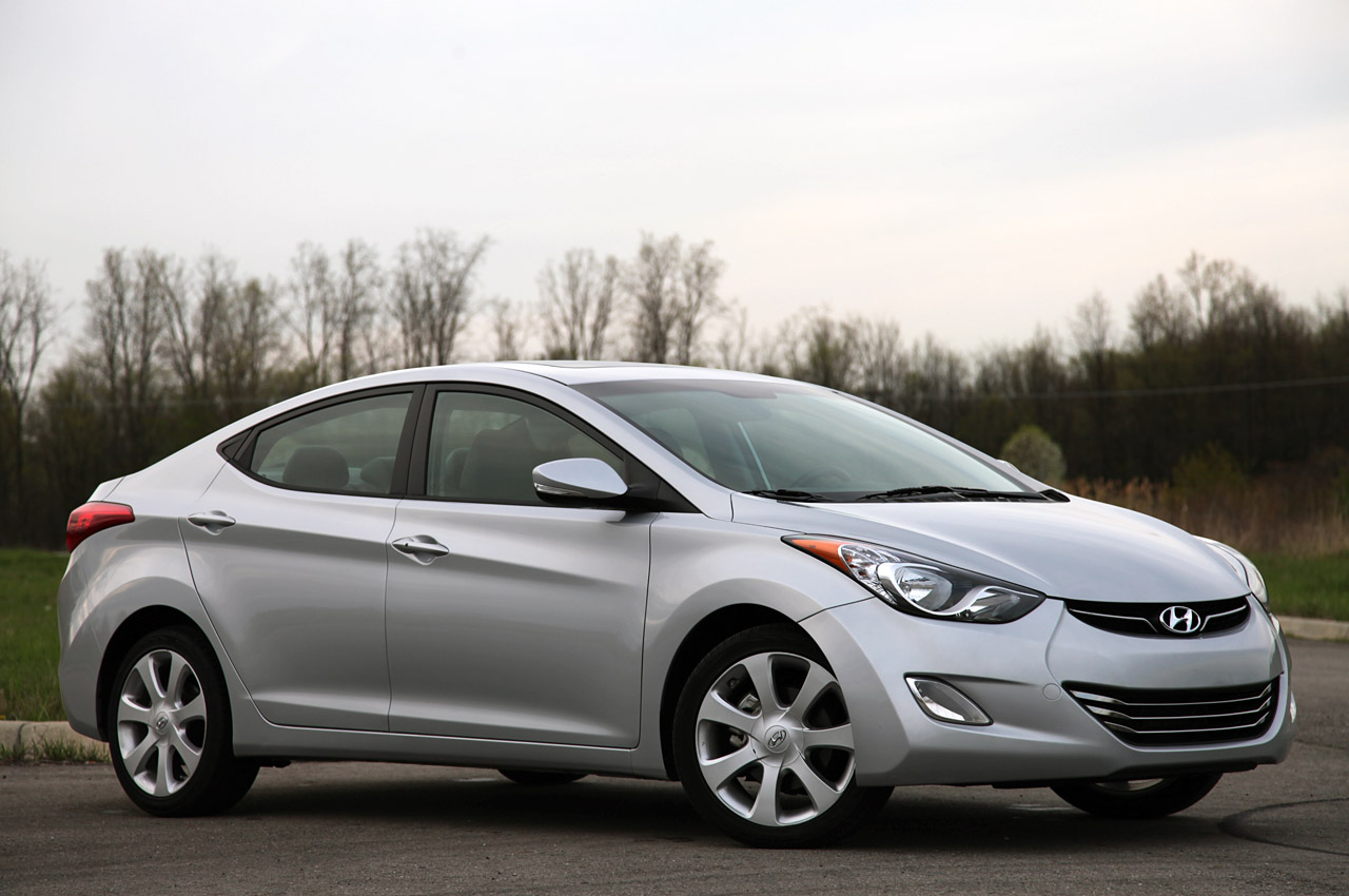 2011 Hyundai Elantra Limited Review Photo Gallery Autoblog