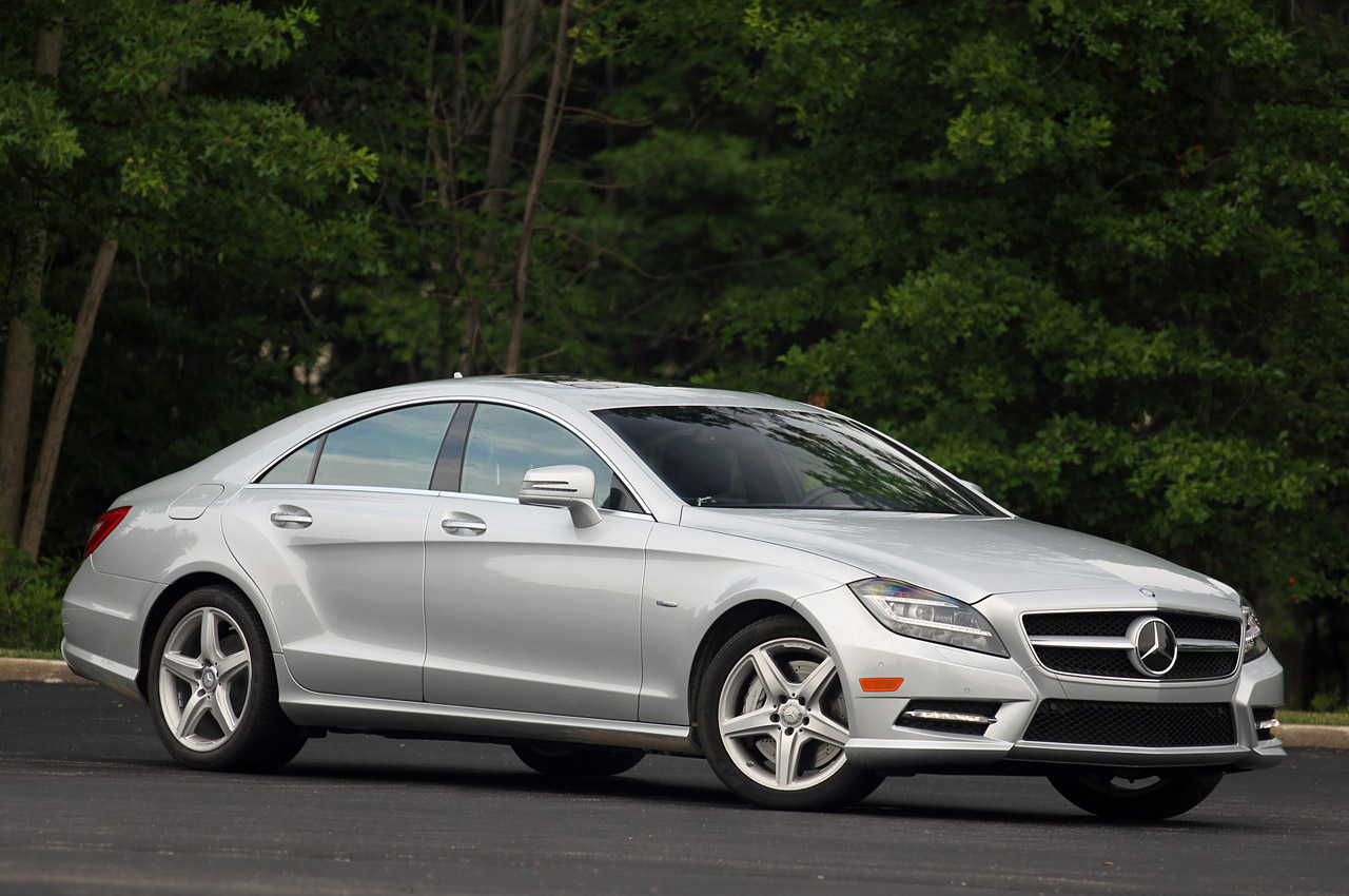 2012 mercedes benz cls550 w video autoblog for Mercedes benz cls price