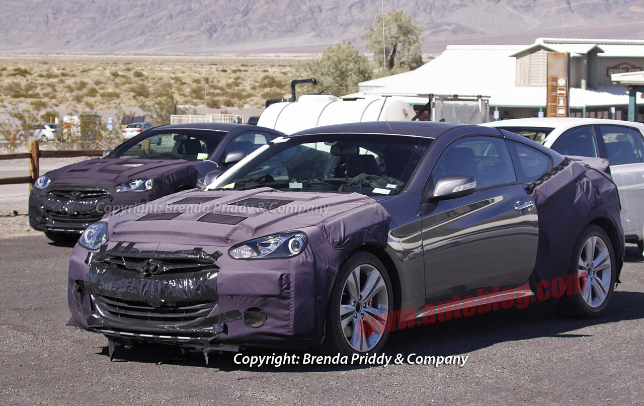 2013 Hyundai Genesis Coupe shows its new face, interior ...