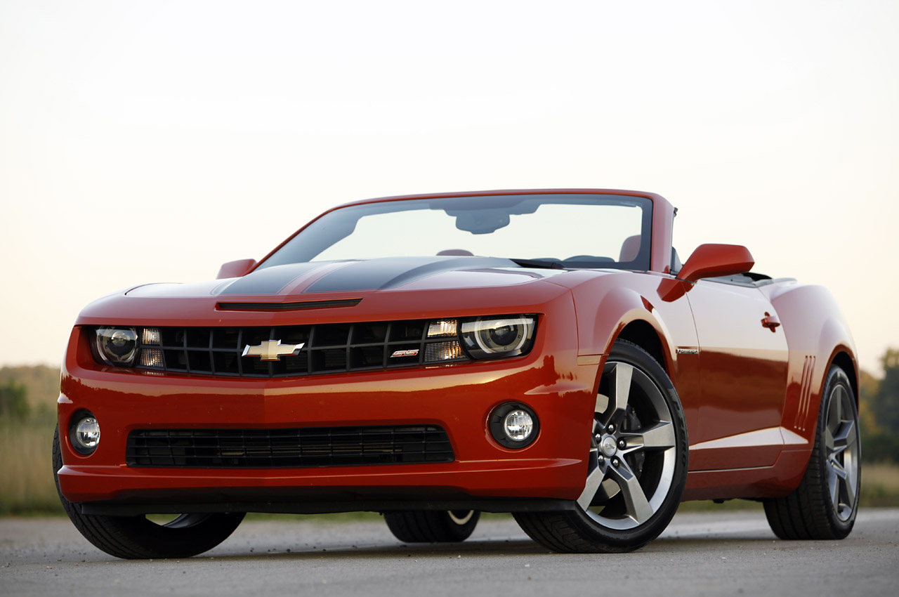 2011 chevrolet camaro ss convertible review photo gallery autoblog. Black Bedroom Furniture Sets. Home Design Ideas