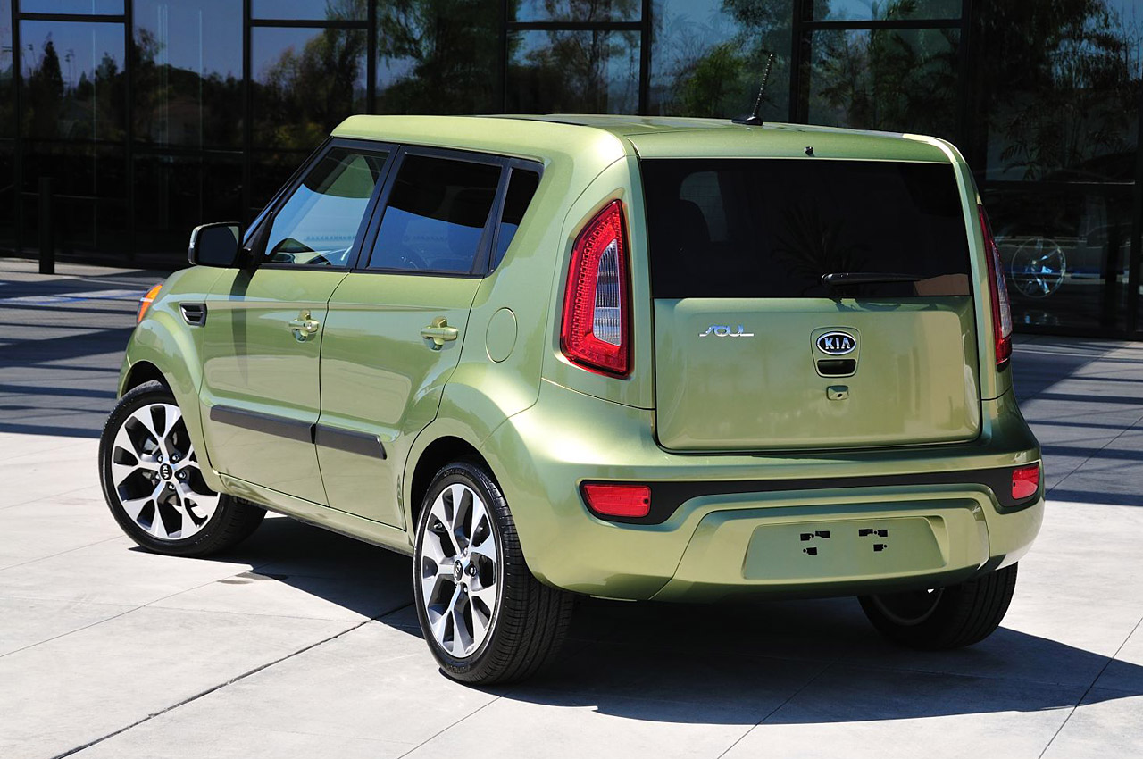 2012 Kia Soul W Video Autoblog