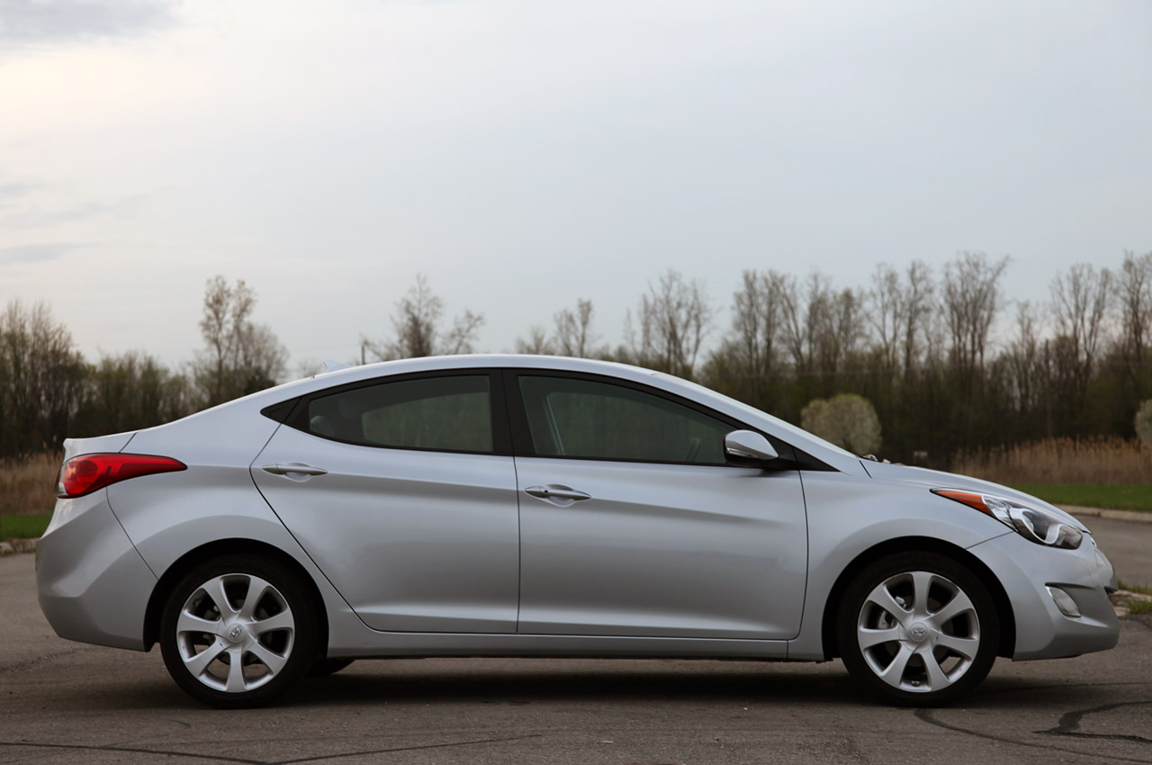 Hyundai Recalling 186k Elantras Due To Possible Headliner