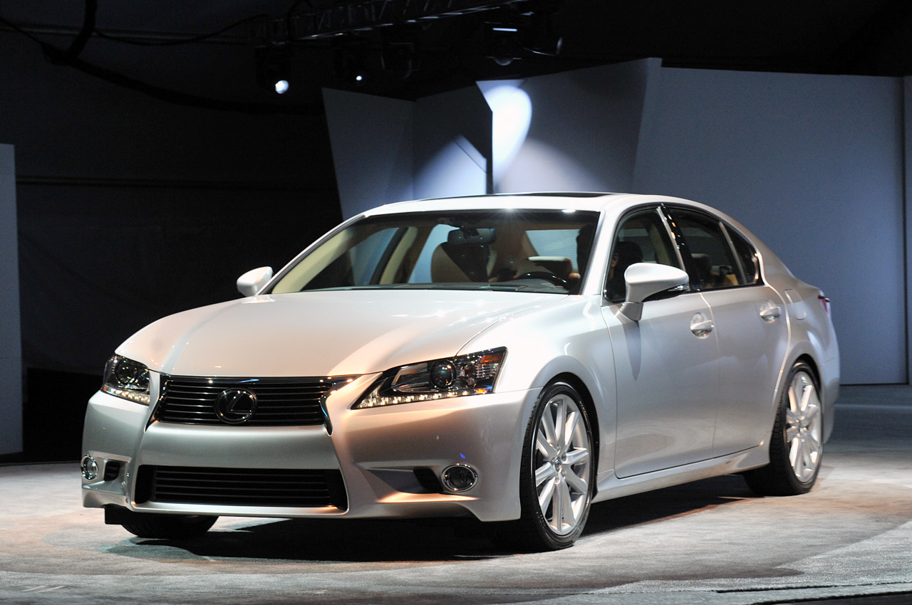 2013 lexus gs 350 fully revealed at pebble beach autoblog. Black Bedroom Furniture Sets. Home Design Ideas