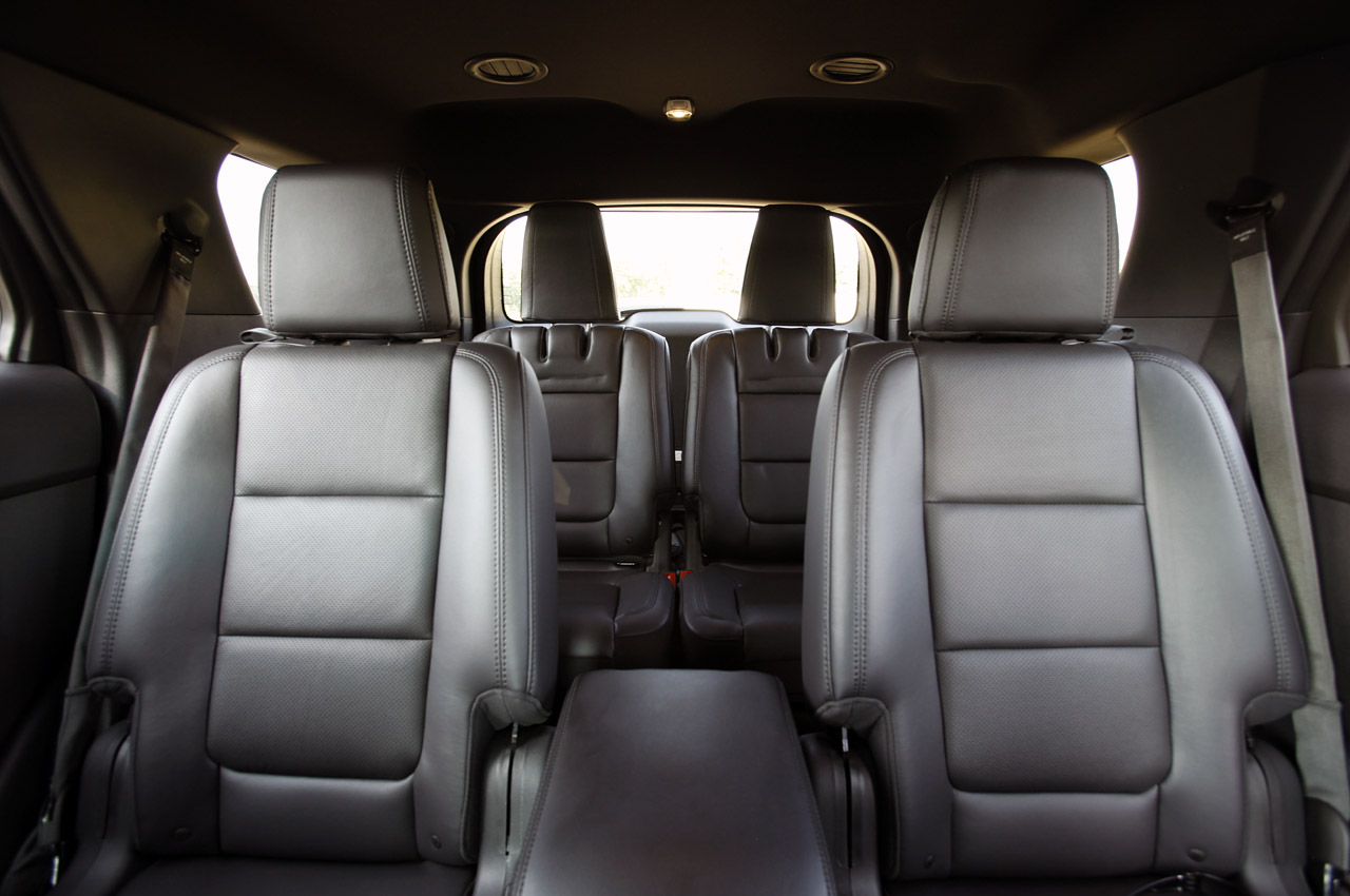 2012 ford explorer ecoboost first drive photo gallery. Black Bedroom Furniture Sets. Home Design Ideas