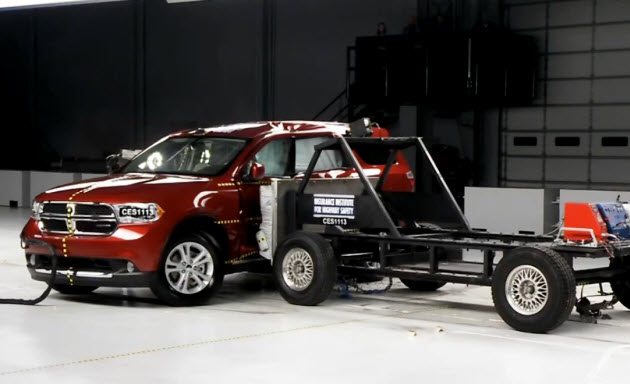 2011 dodge durango side impact crash test