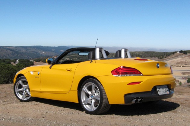 2012 BMW Z4 sDrive28i rear 3/4 view