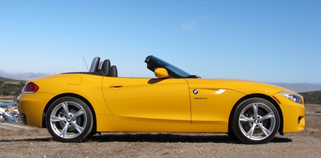 2012 BMW Z4 sDrive28i side profile view