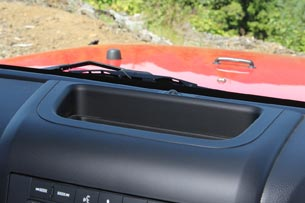 2012 Jeep Wrangler dashboard storage