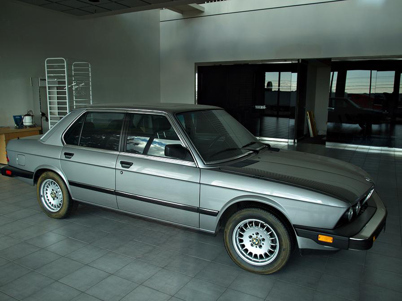 Why Was This Bmw Dealership Abandoned In 1988 With Cars