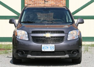 2012 Chevrolet Orlando front view