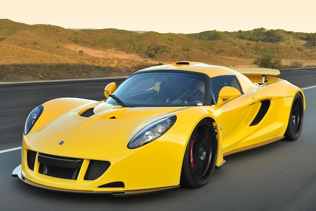 Hennessey Venom GT in yellow