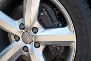 2011 Audi Q7 3.0T S line wheel