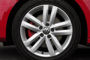 2012 Volkswagen Jetta GLI wheel