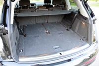 2011 Audi Q7 3.0T S line rear cargo area
