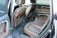 2011 Audi Q7 3.0T S line rear seats