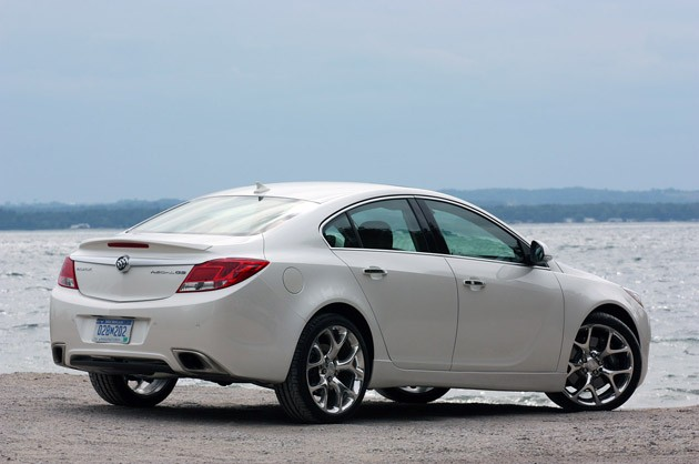 2012 Buick Regal GS rear 3/4 view