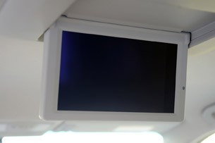 2011 Nissan Quest rear television monitor